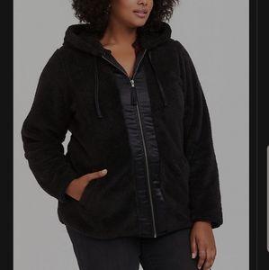 🎄NEW🎄Torrid.. Black Sherpa Zip up jacket 🎉🎉